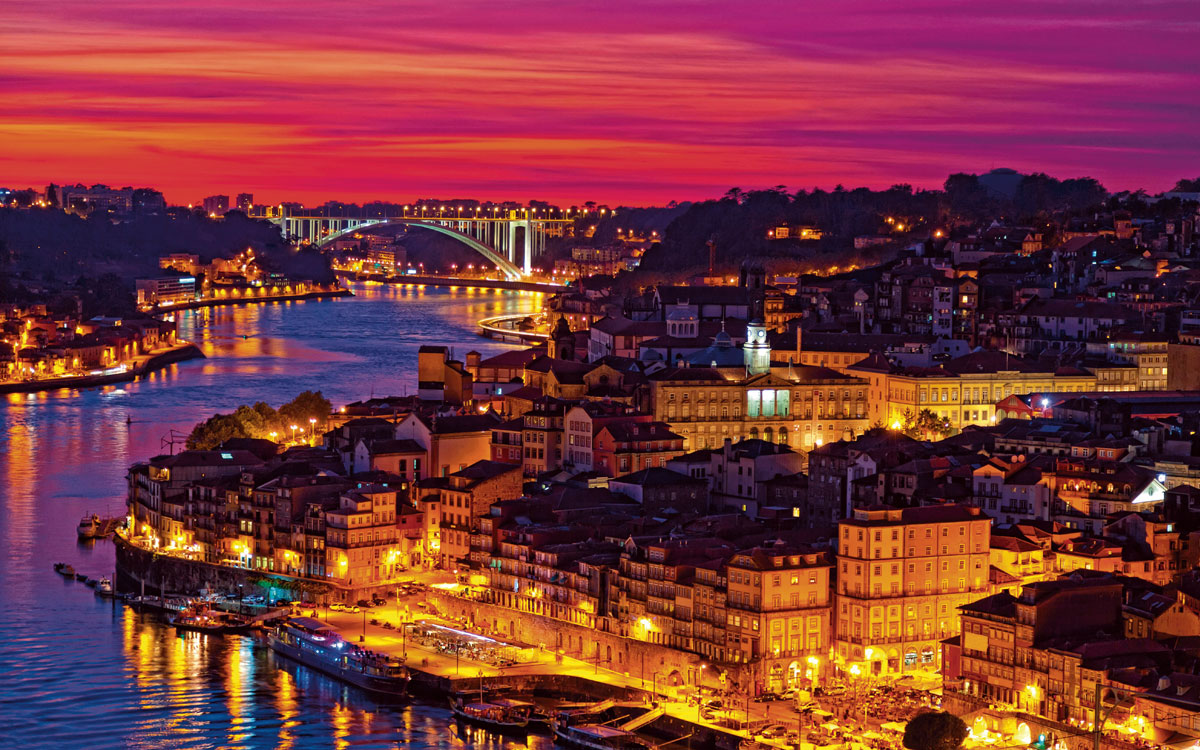Admire picturesque Porto all lit up at night