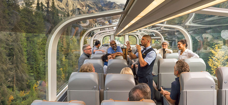 Rocky Mountaineer GoldLeaf Carriage