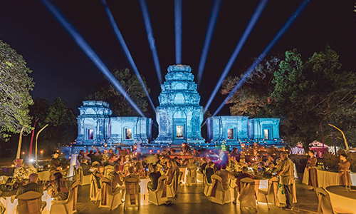 Scenic Enrich, Angkor Temple Dinner